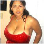 Métisse latine aux gros seins adore le sexe hot en France